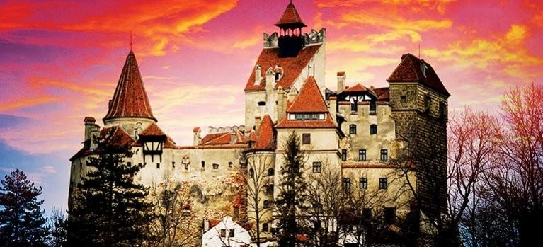 Dokument Pověsti a záhady českých hradů