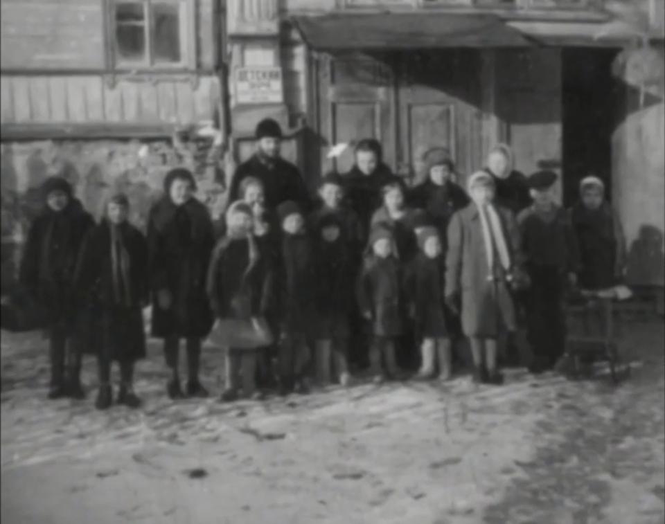 Dokument Pravoslavný kříž proti svastice