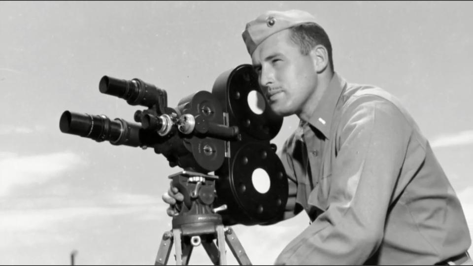 Dokument Kameraman z Iwo Jimy